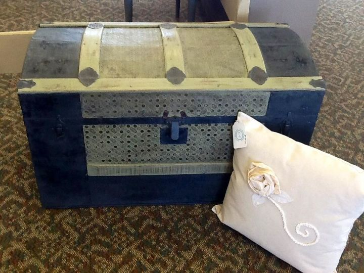 trunk love, chalk paint, painting, repurposing upcycling, LOVE this