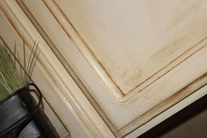 painting over oak cabinets without sanding or priming, chalk paint, kitchen cabinets, kitchen design, painted furniture
