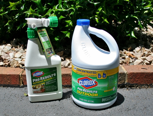 how to clean vinyl siding, cleaning tips, curb appeal, Clorox Pro Results that attaches to the hose