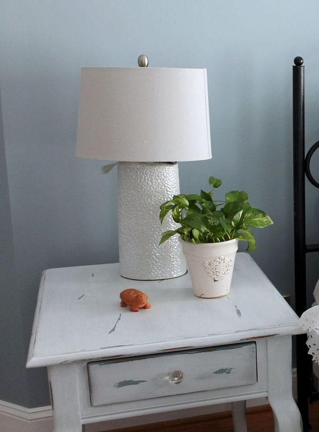 make your own chalk style paint, painting, The finished table