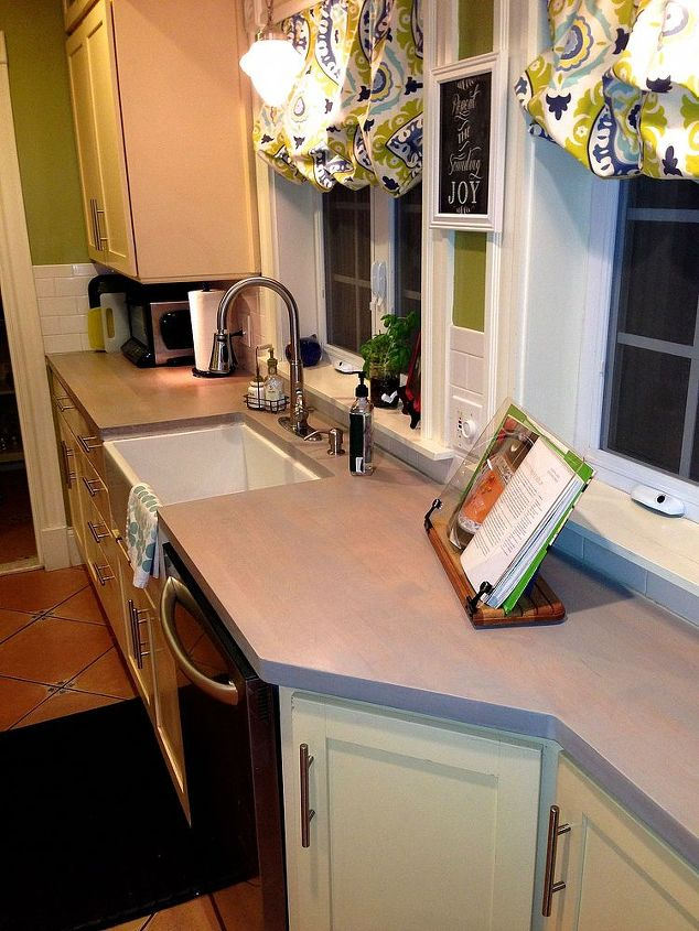 refinishing butcher block counter tops, countertops