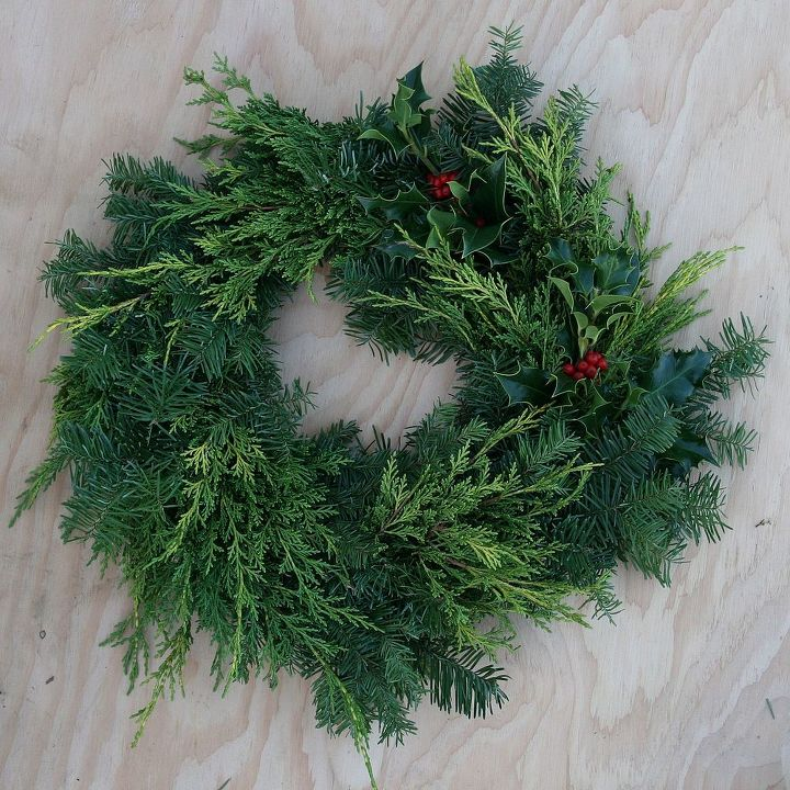 make your own christmas wreath with giveaway of a stylish p allen smith wreath christmas