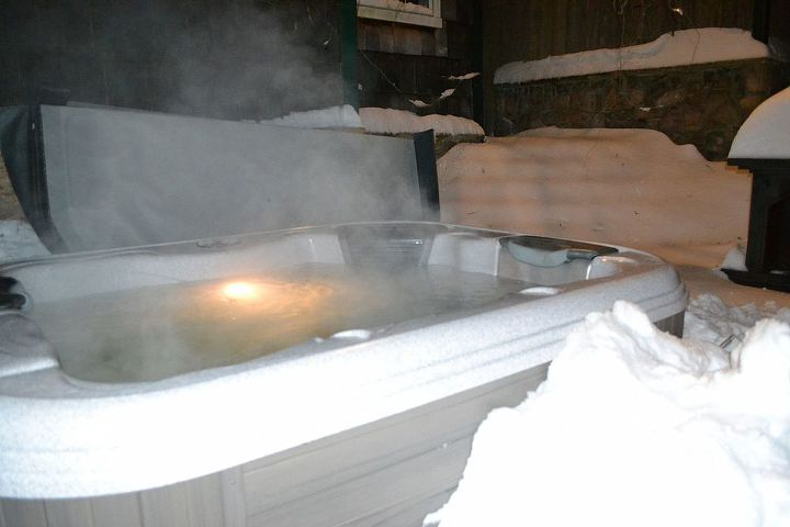 Steam rises from our Bullfrog Spa, outdoor temp 25 - Hot Tub temp 104 www.longislandhottub.com