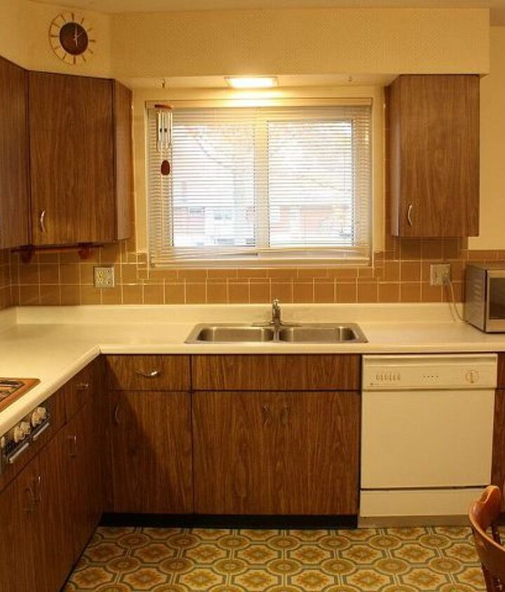 Dated and very lived in, a family of 8 spent many evenings eating together in this kitchen.