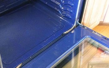 How to Safely Clean an Oven