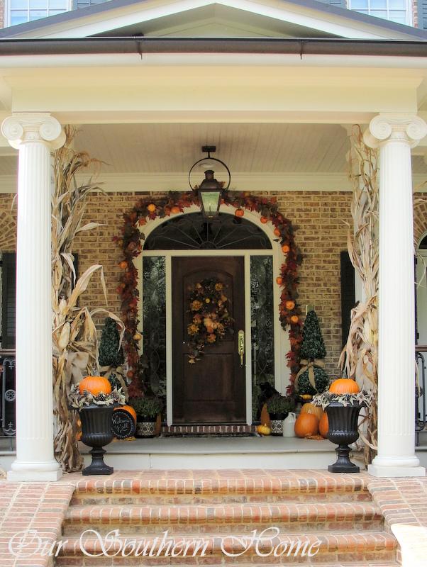 southern fall porch, porches, seasonal holiday decor