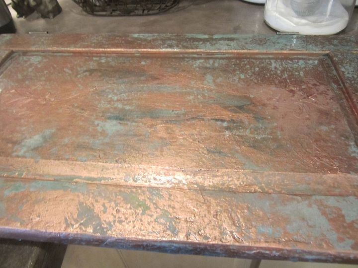 Using Modern Masters Copper Metal Effects paint in copper. Oxidizing into a green patina.