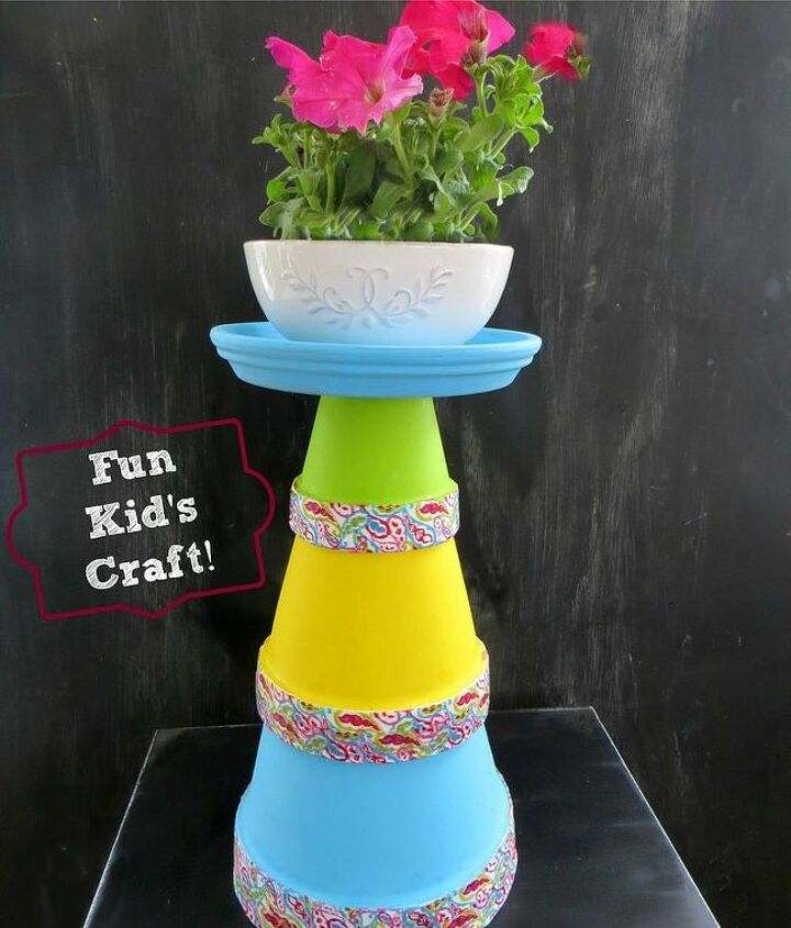 DIY Terra Cot Pot Tower: I made this pretty Terra Cotta Pot Tower for Mother's Day!