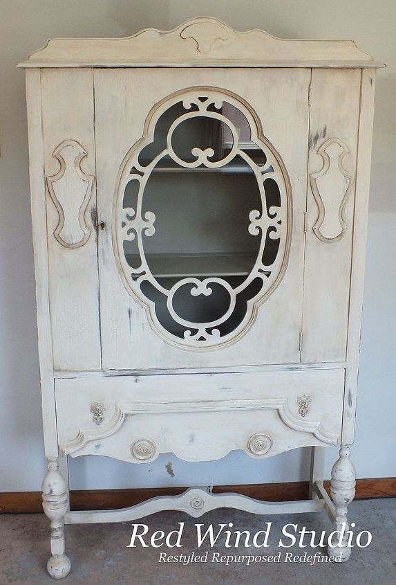 creating the crackle, chalk paint, painted furniture