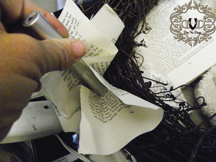 I use a mascara bottle to shape the pages
