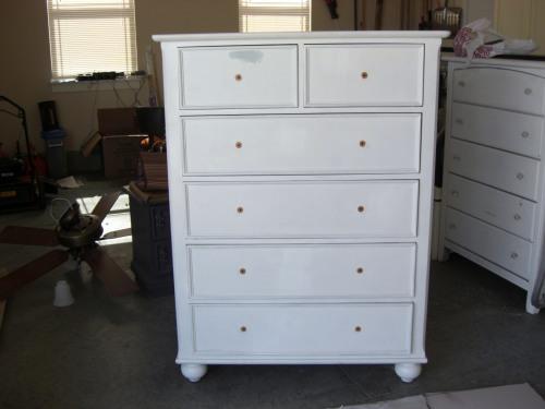 easy dresser makeover, painted furniture, Before Dresser