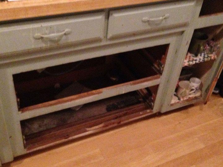 Easy Fix For Missing Cabinet Doors, Missing Kitchen Cabinet Door Ideas
