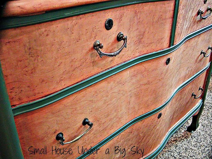 Curved front dressers are so graceful! Add to that gorgeous Bird's Eye Maple and you have a real winner!