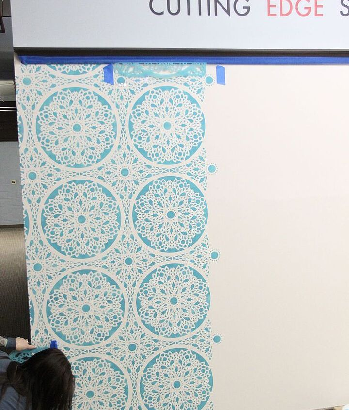 Our wall - isn't she beautiful! http://eclecticallyvintage.com/2013/02/how-to-stencil-walls-like-a-pro-bloggers-day-out/