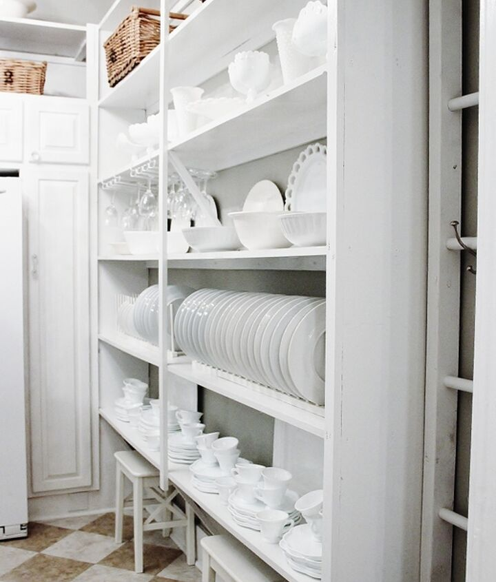 View from the hallway connecting to the butler's pantry.