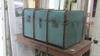 q what type of paint to use on metal trunk, painting, repurposing upcycling, Aqua not my choice but you can see how pretty a lighter color makes this trunk