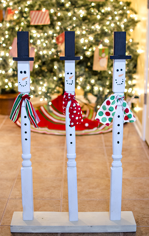 wooden holiday snowmen, crafts, seasonal holiday decor