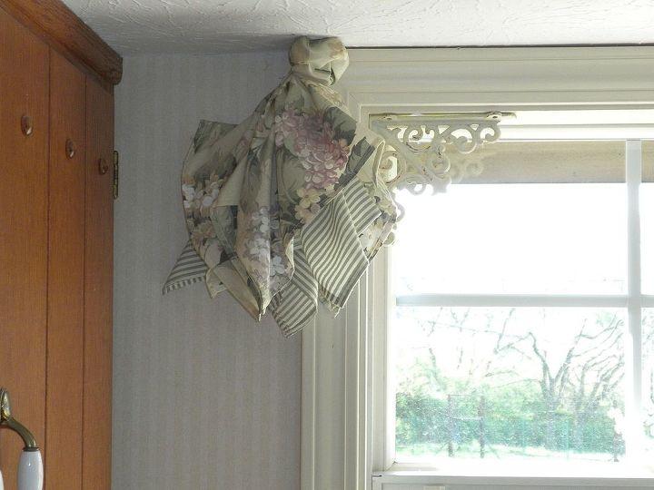 cute easy window treatment using napkins, home decor, repurposing upcycling, reupholster, window treatments, windows
