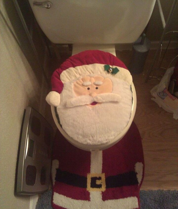 Santa Toilet