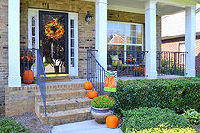 fall on my front porch, patriotic decor ideas, seasonal holiday d cor, wreaths, Fall front porch