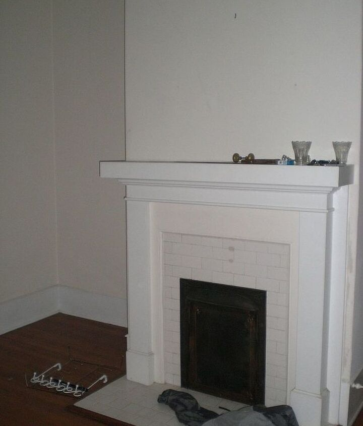 Our fireplace when we first bought the home in 2008