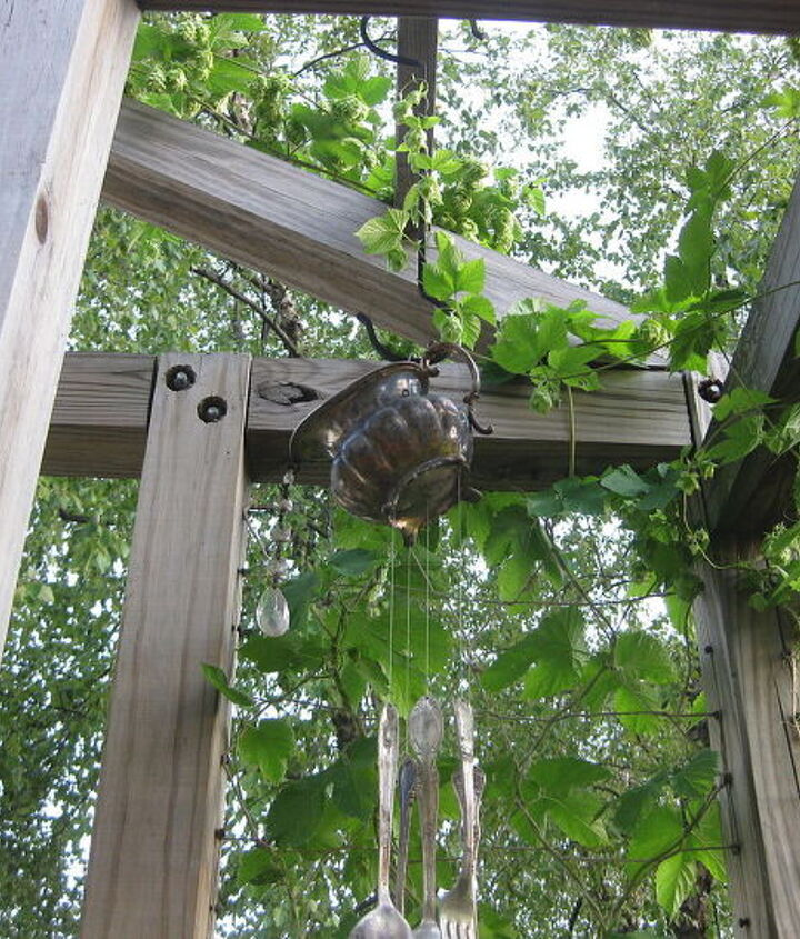 Hops twinging up the wind chime.