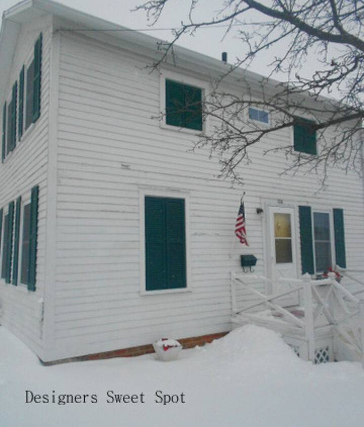 This is her house, it's one of the oldest in our state. It looks cottage on the outside.