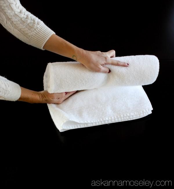 How To Fold Bath Towels Hometalk