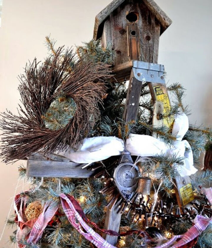 a unique stepladder christmas tree, christmas decorations, repurposing upcycling, seasonal holiday decor, The stepladder was PERFECT for the birdhouse star So perfect