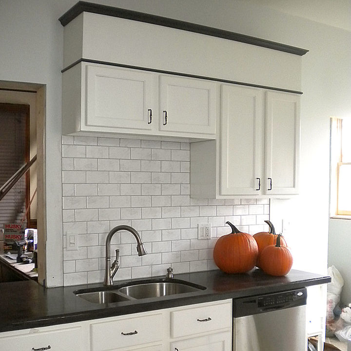 Low Cost Kitchen Cabinet Makeovers: Kitchen Cabinet Makeover (Actually, It Was More Like