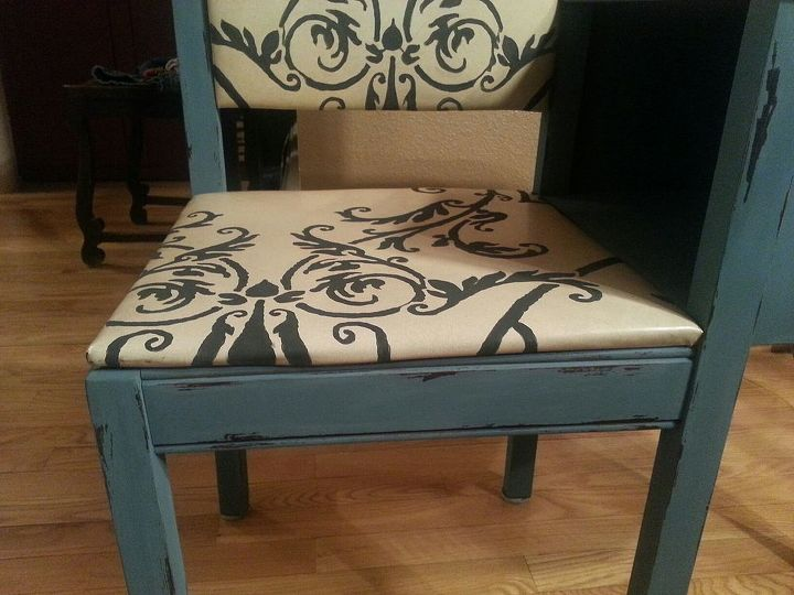 gossip table re design, chalk paint, painted furniture