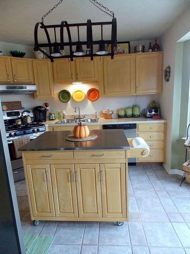 q i would like advice on what color to paint my kitchen door and island, painting, This is my island