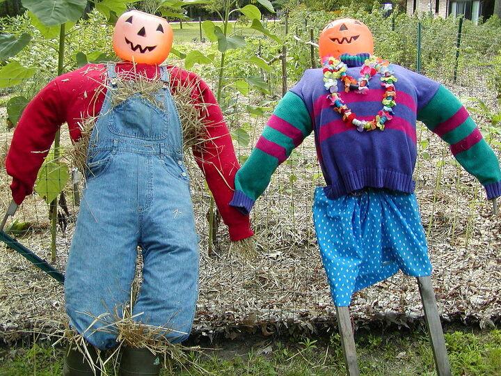Mr. & Mrs. Scarecrow