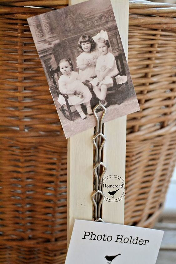 The clips on this tie rack hold photos and notes perfectly!