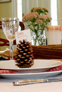 glitter pine cone place cards, crafts, seasonal holiday decor, thanksgiving decorations, It s in the details