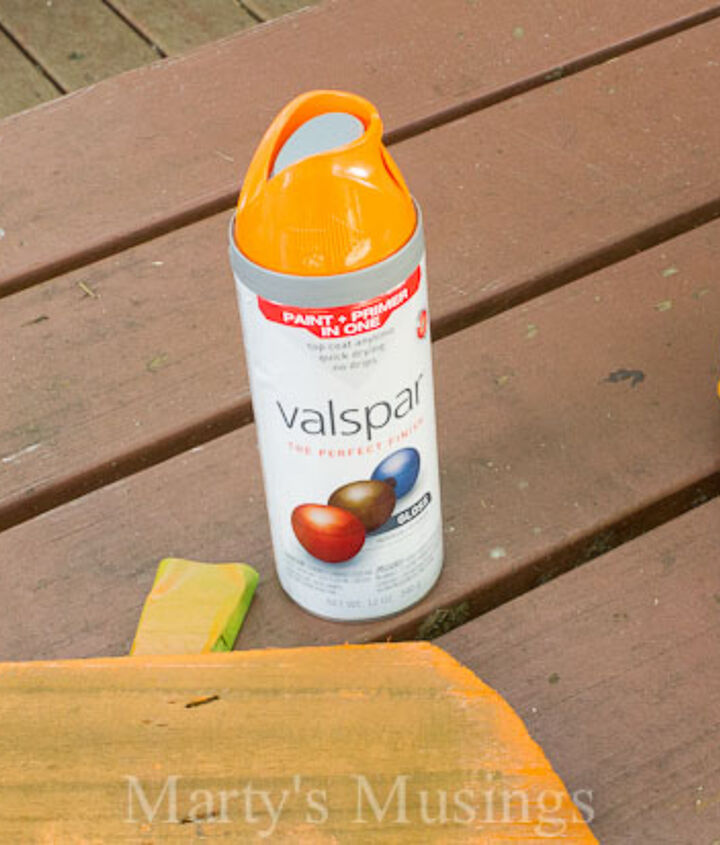 Spray paint pumpkin