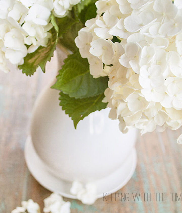 I found these beautiful hydrangeas at Costco for $8.00. At the checkout the lady told me to make sure I put them in ice cold water. This intrigued me because I always thought that warm water was best for flowers.