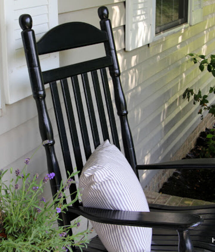 Love my black rocking chairs that i bought at Walmart a few years ago.