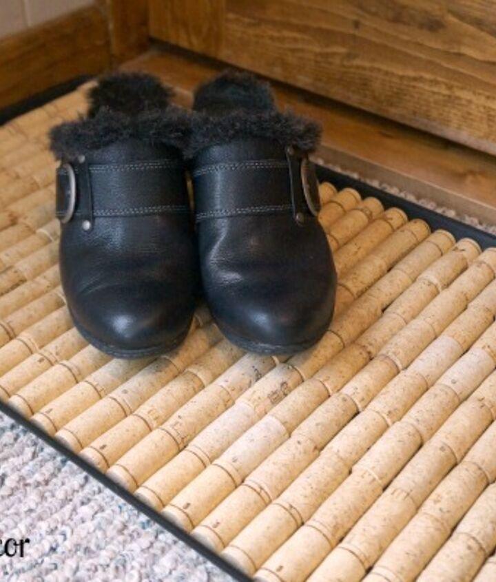 repurposed wine corks intoa shoe mat