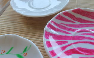 using glass markers to paint on plates think pink, crafts, flowers, Plate painted with glass markers