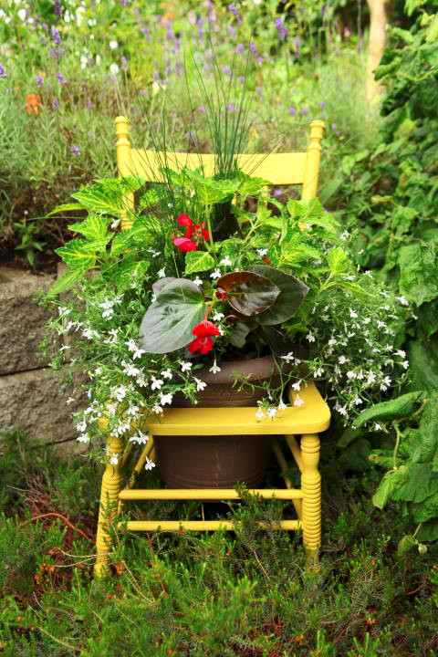 outdoor chair planter project, gardening, repurposing upcycling