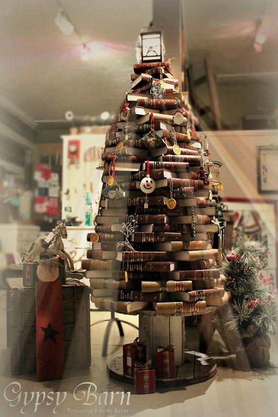 repurposed christmas tree, christmas decorations, gardening, repurposing upcycling, seasonal holiday decor