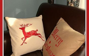 Plain Goodwill Pottery Barn Pillows Transformed Into CHRISTMAS Pillows