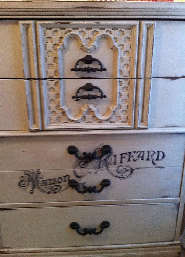 a new antique dresser from a freebie, chalk paint, painted furniture, The finished product