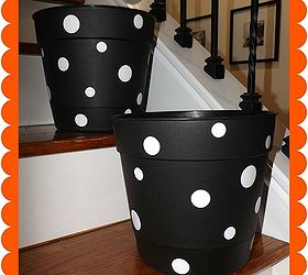 Hometalk & DIY polka dot flower pots for Halloween | Hometalk