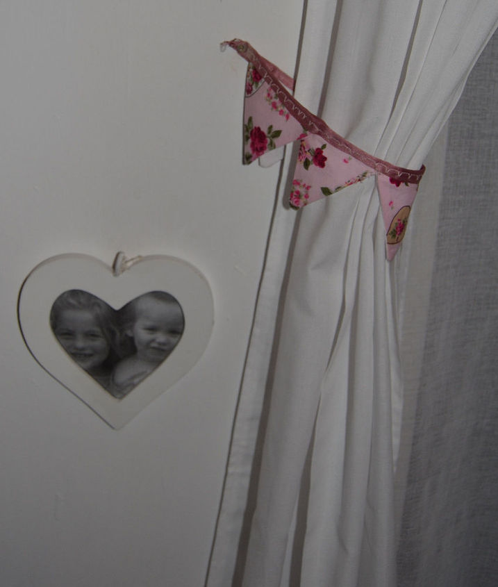 Curtains made from a £5 flat sheet from Asda Heart frame 99p from B&M Bargains.