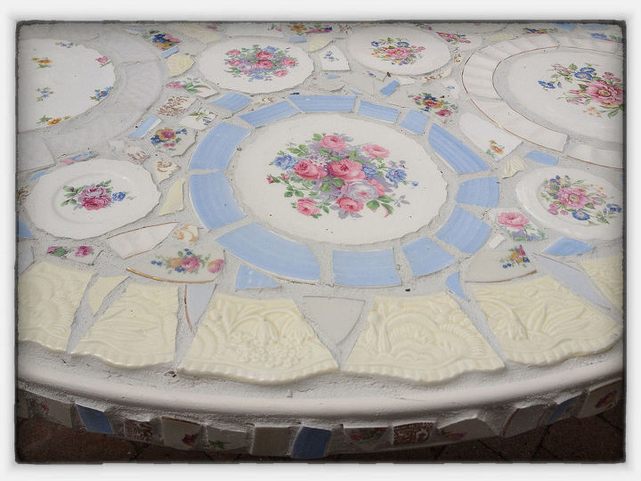 Focal of Mosaic Table