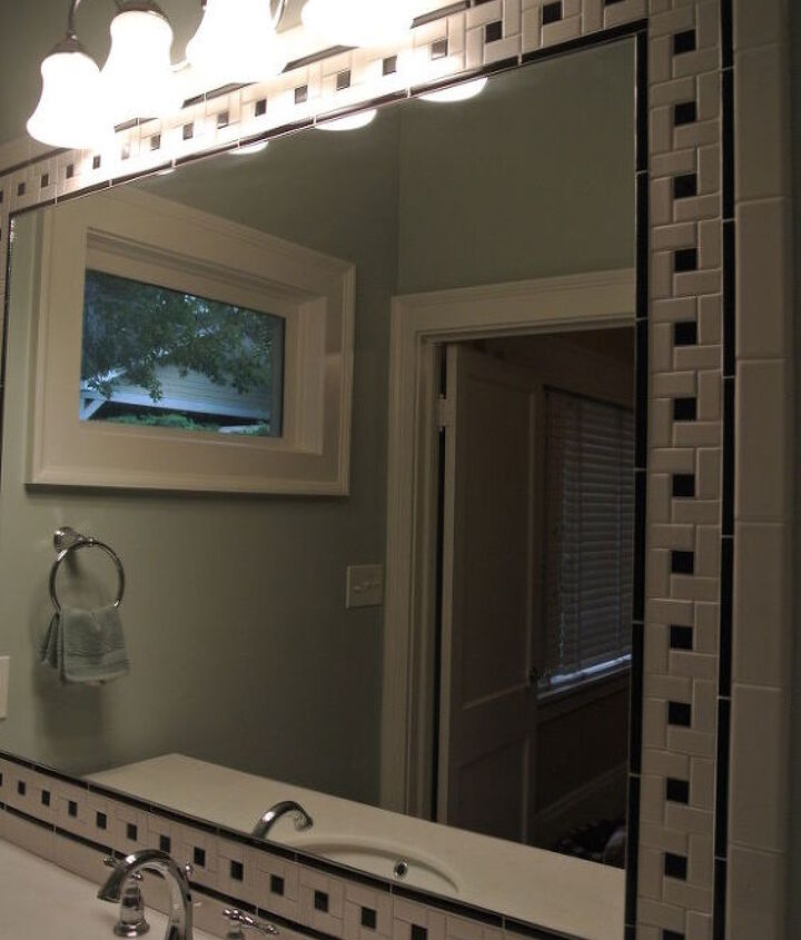 http://bit.ly/UvvKtW - Do You Like Black & White In The Bath?