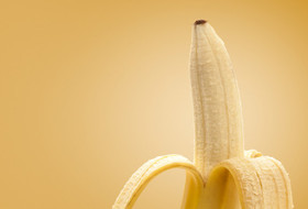 make your home better with bananas, cleaning tips