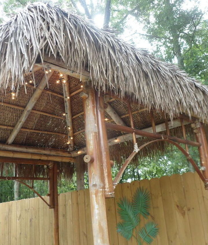 Another view of ceiling and roof of tiki hut